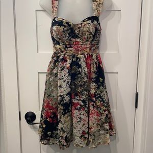 Candies floral print dress size small